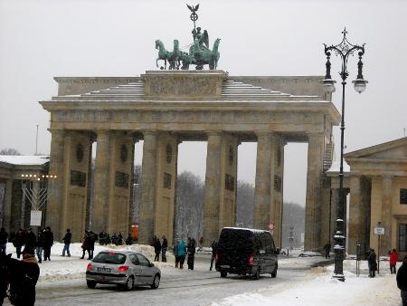 Brandenburg Gate In Berlin Information Directions Brandenburger Tor
